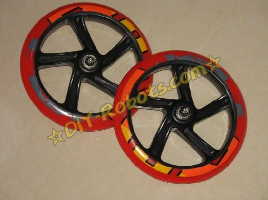 无敌风火轮,这是滑板车的轮子,准备做小爱的驱动轮