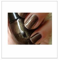 古铜色指甲油
