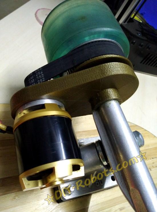 3d打印的电动滑板支架测试